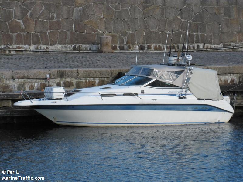 Vessel details for: SEARAY (Pleasure Craft) - MMSI 219009254, Call
