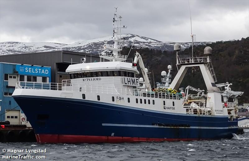 Vessel details for: RYPEFJORD (Trawler) - IMO 9131670 ...