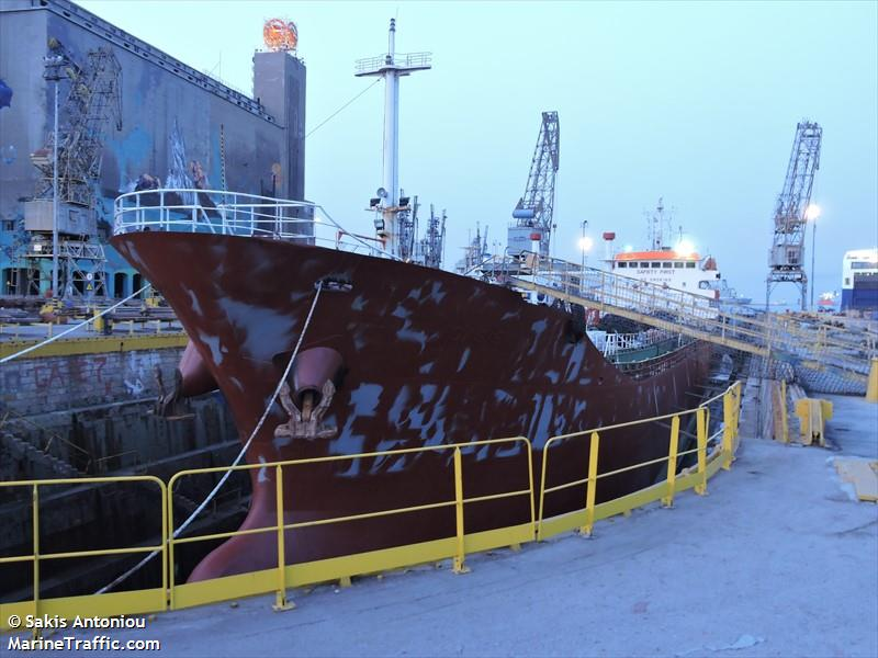 Vessel details for: OASIS 1 (Oil Products Tanker) - IMO ...