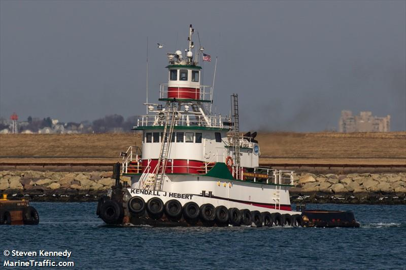 Vessel details for: KENDALL J HEBERT (Tug) - IMO 8975794