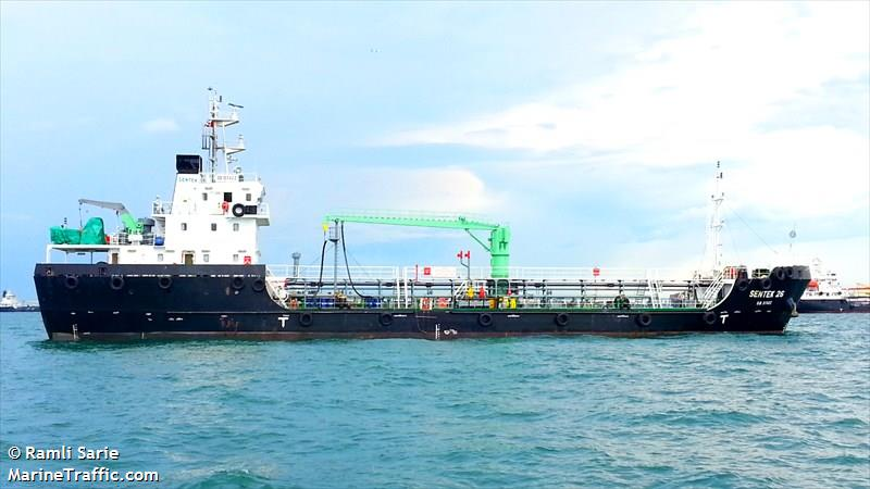 Vessel details for: FRONTEK (Oil Products Tanker) - IMO 9537214
