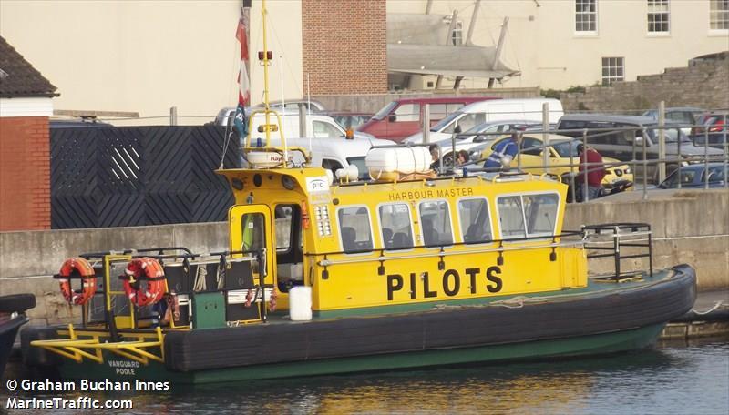 PILOT BOAT VANGUARD