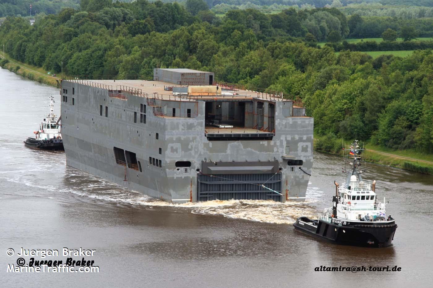 Универсальный десантный корабль типа