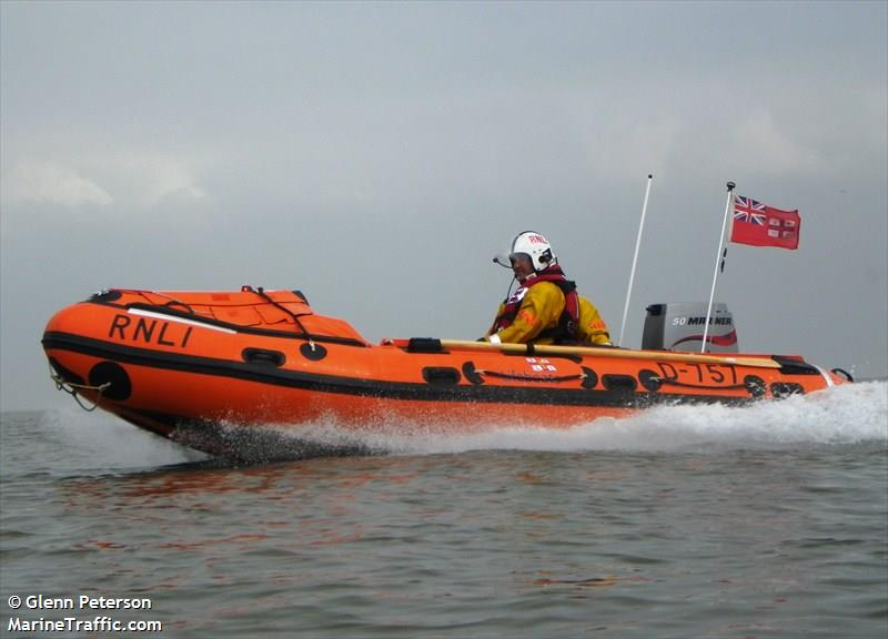 RNLI LIFEBOAT D 757