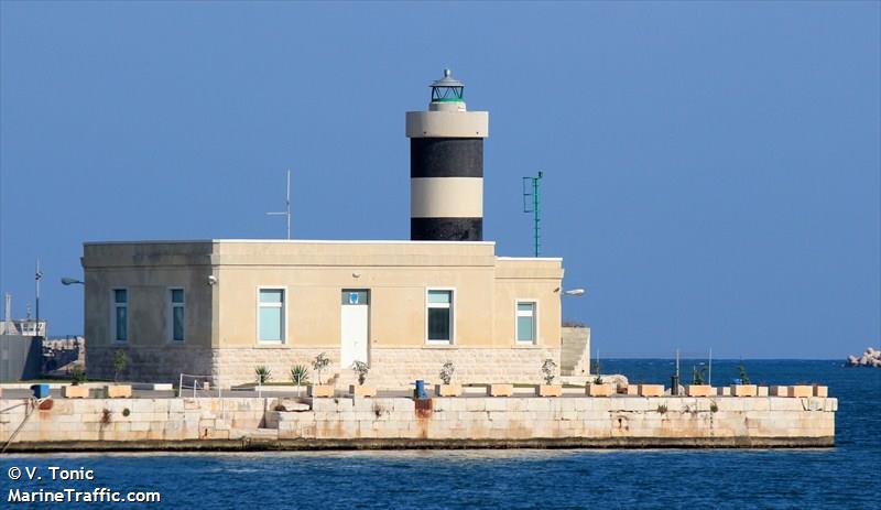 Bari Molo San Vito