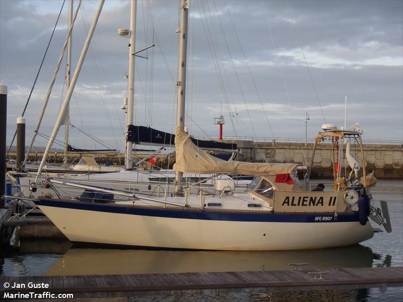 ALIENA II