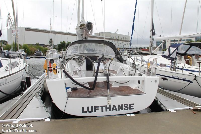LUFTHANSE