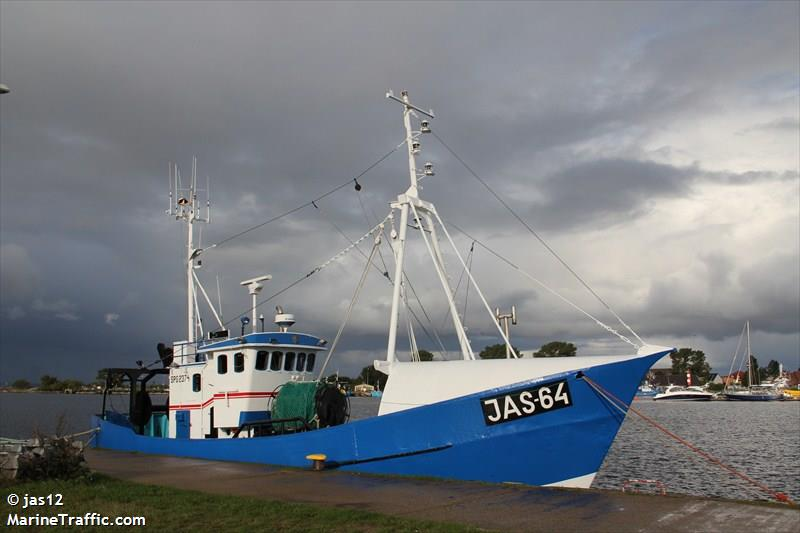 JAS 64