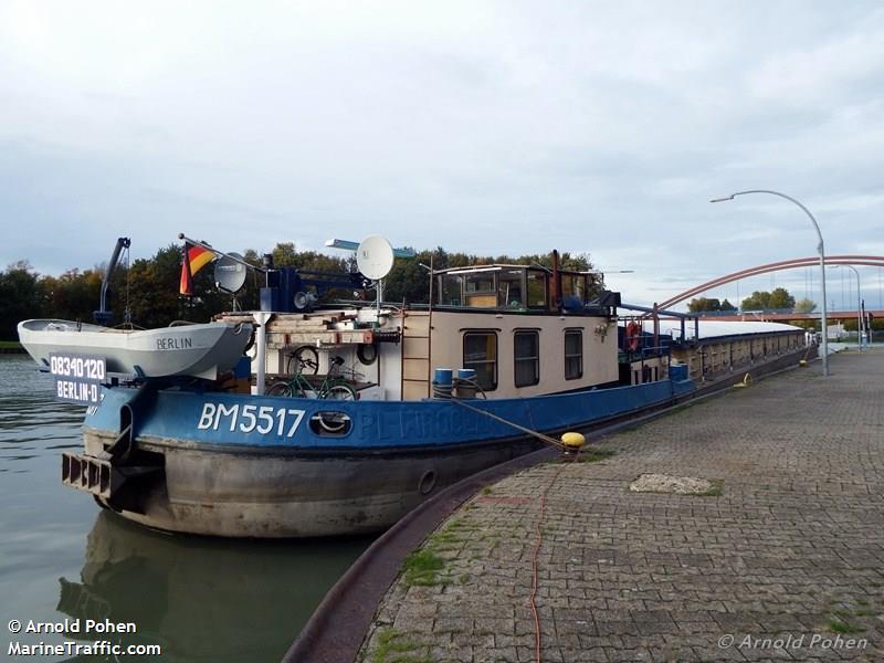 Vessel Details For Bm 5517 Inland Motor Freighter