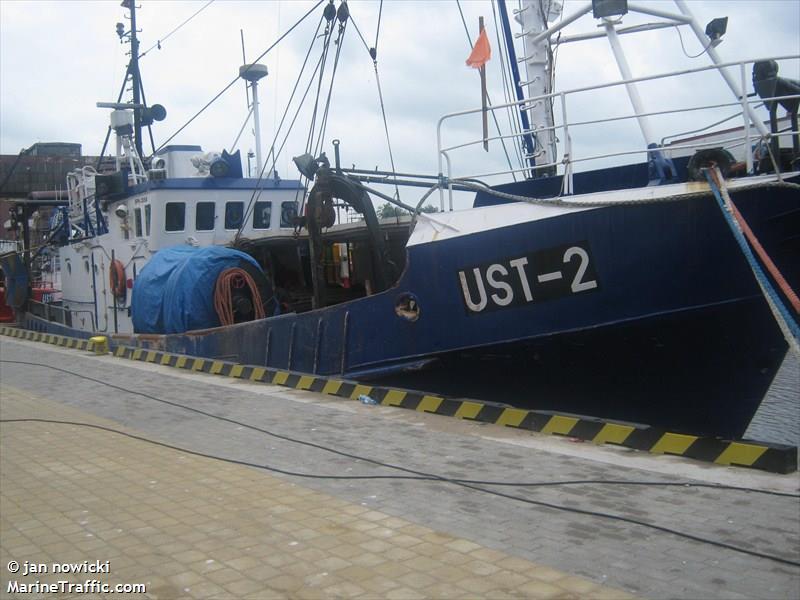 UST 2