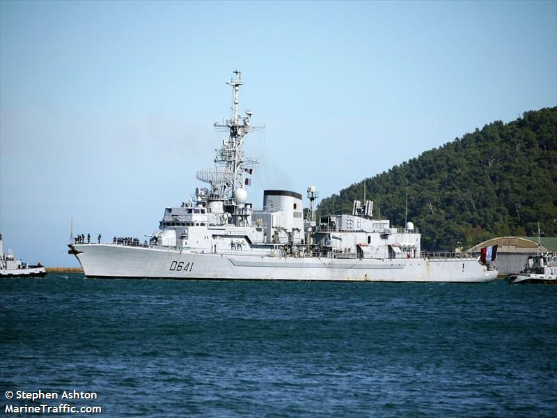 FRENCH WARSHIP D641