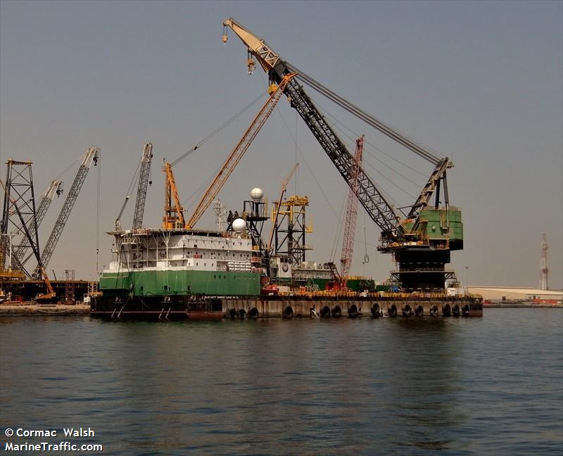 Picture of MCDERMOTT DB32   AIS Marine Traffic