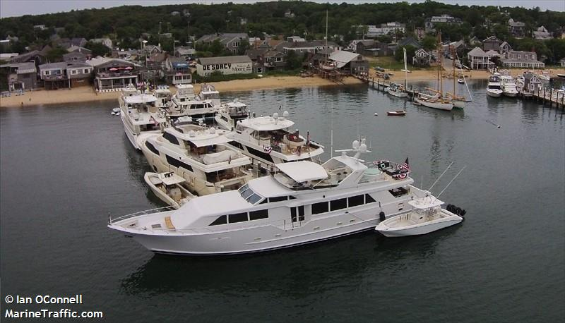 VINEYARD HAVEN YC