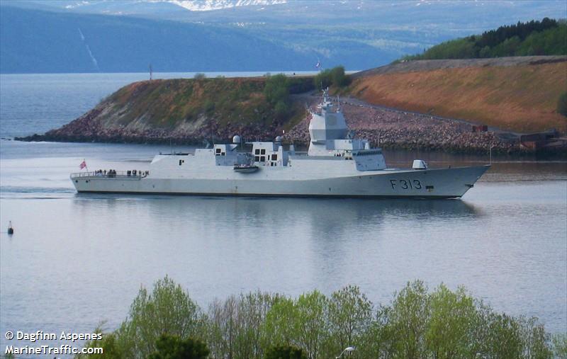 NATO WARSHIP F313