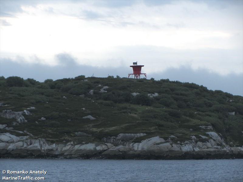 Ostrov Salnyy