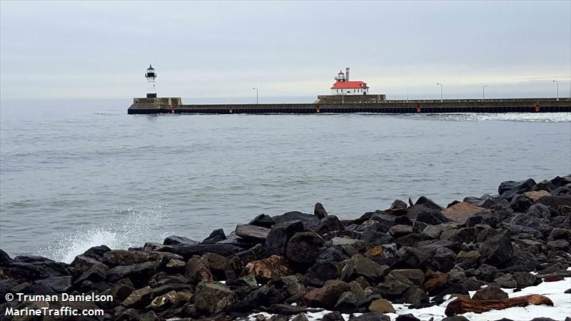 Duluth Harbor South Breakwater Outer