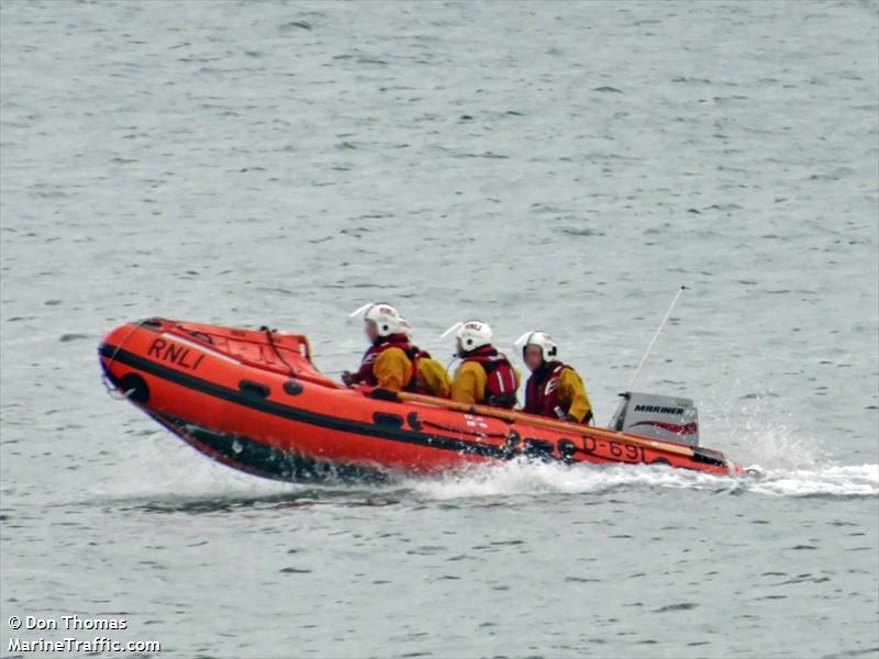 RNLI LIFEBOAT D 691