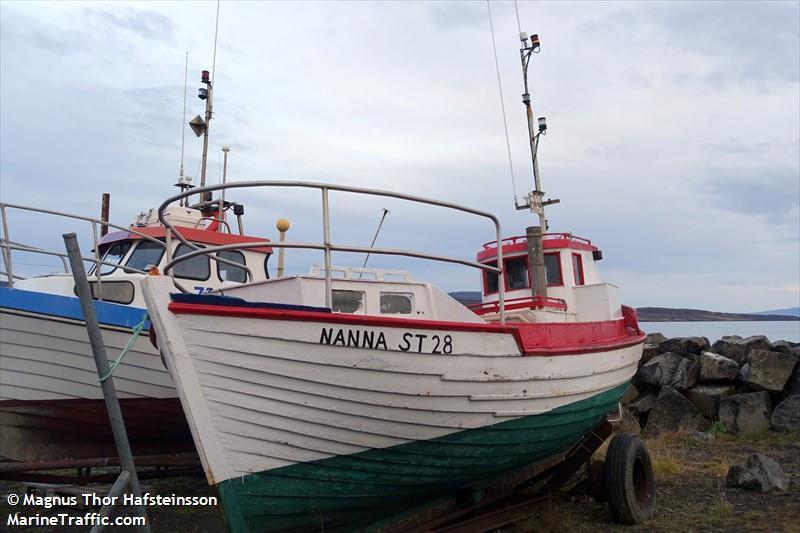 NANNA ST 28