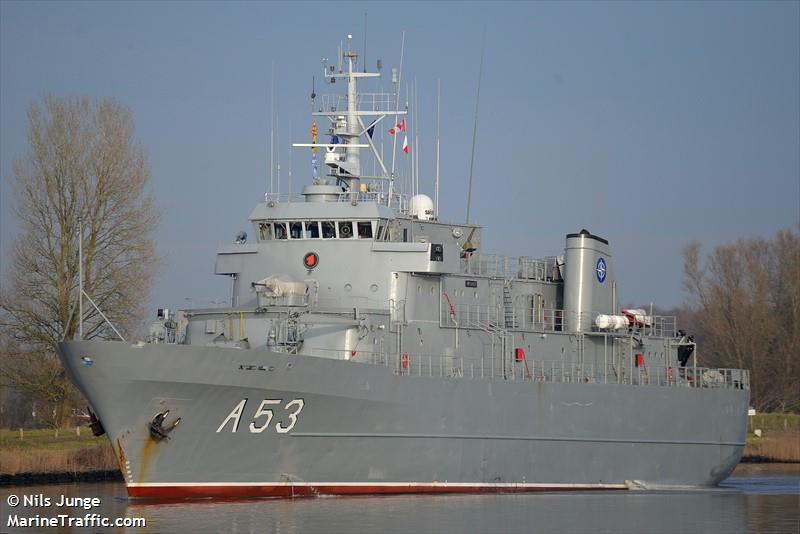 LV WARSHIP A 53