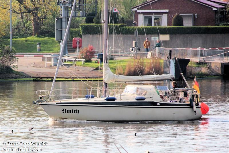 AMITY MAXI 95