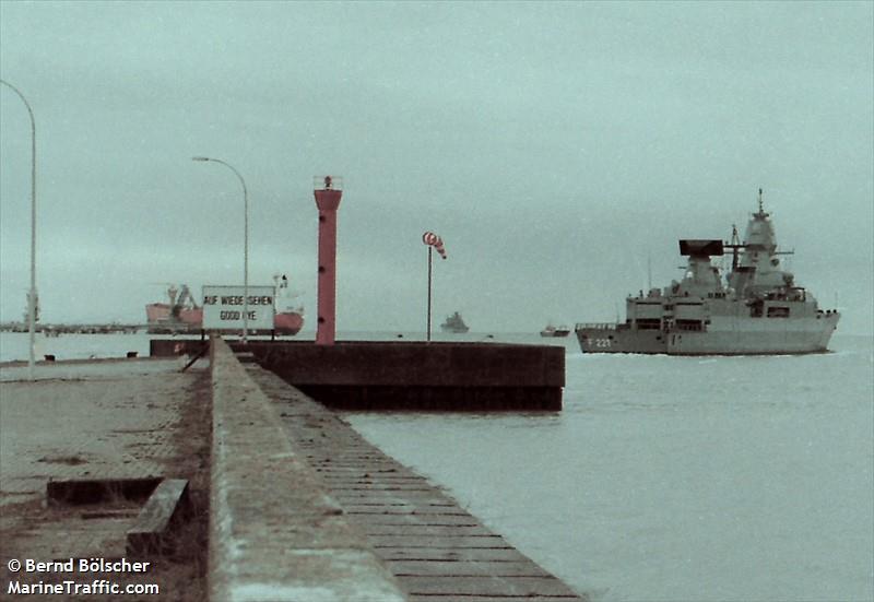 Wilhelmshaven Vorhafen