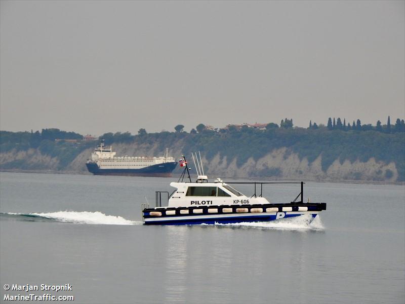 PILOTI KP 2