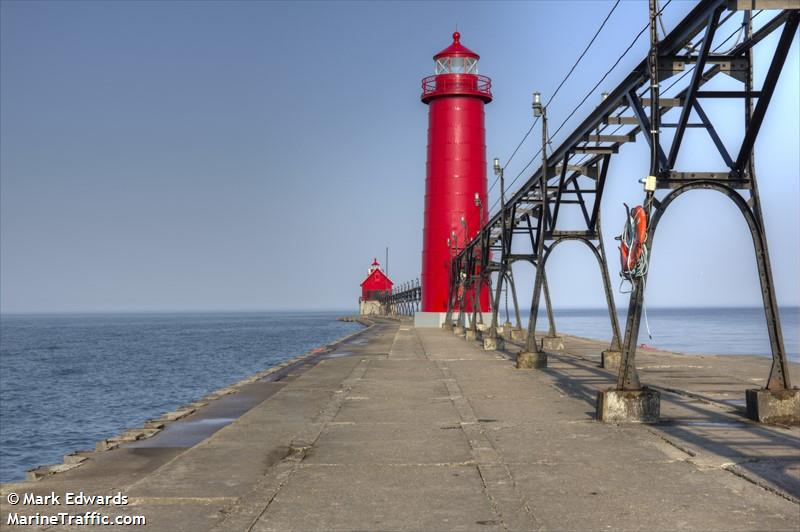 Grand Haven South Pierhead Inner