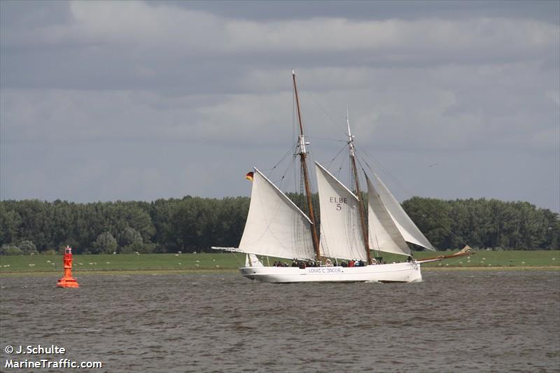 Elbe 5 lotsenschoner