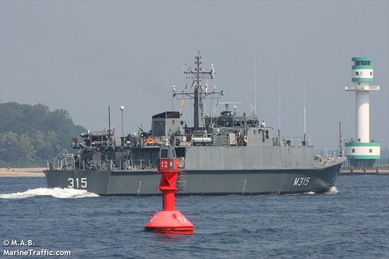 NATO WARSHIP M315