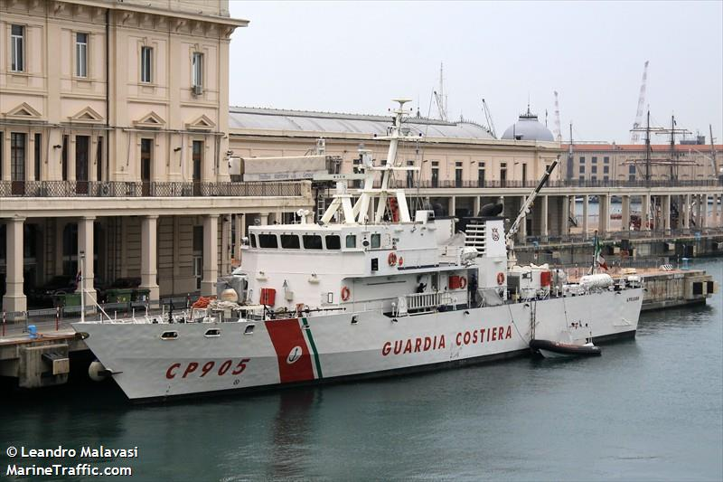 NAVE PELUSO - CP905