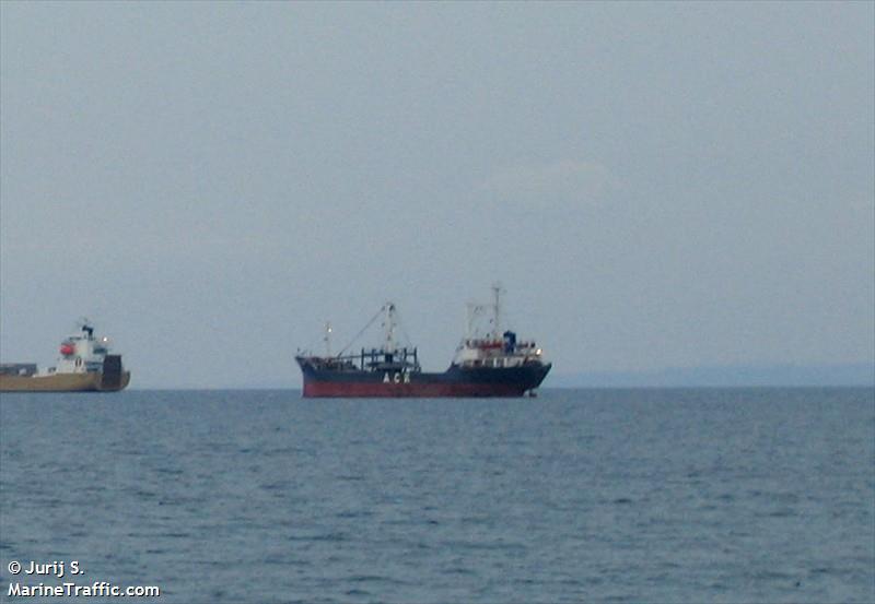 Diamond J's Maltese Vessel details for: JS...