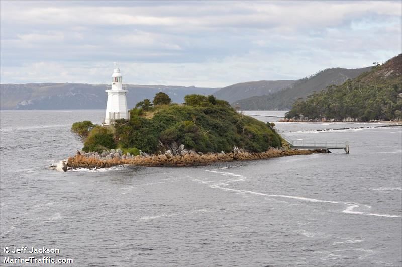 Bonnet Island