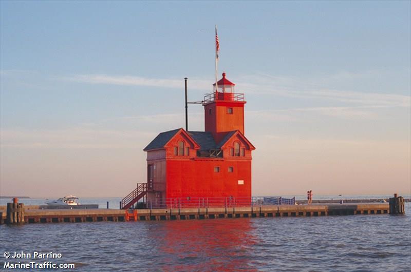Holland Harbor South Pierhead