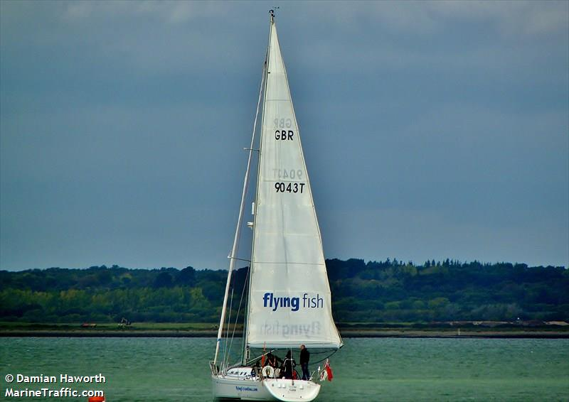 FLYING FISH OF COWES