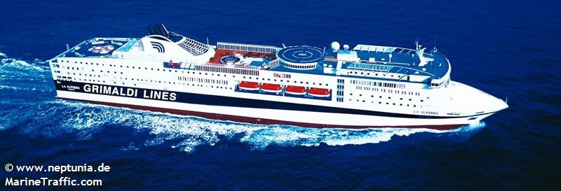 LA SUPERBA - Ro-Ro/Passenger Ship: current position and details ...