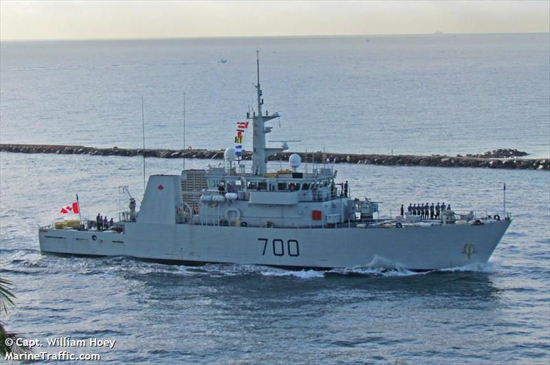 CAN WARSHIP 700