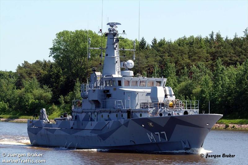 SWEDISH WARSHIP M77