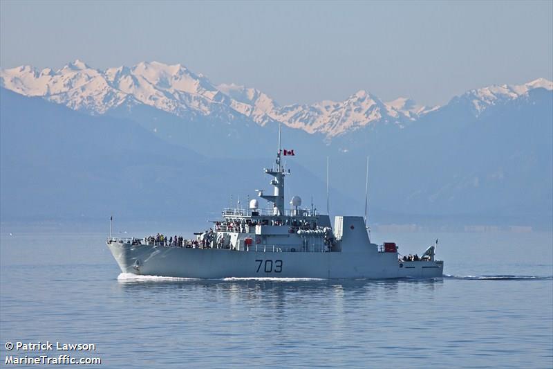 CANADIAN WARSHIP 703