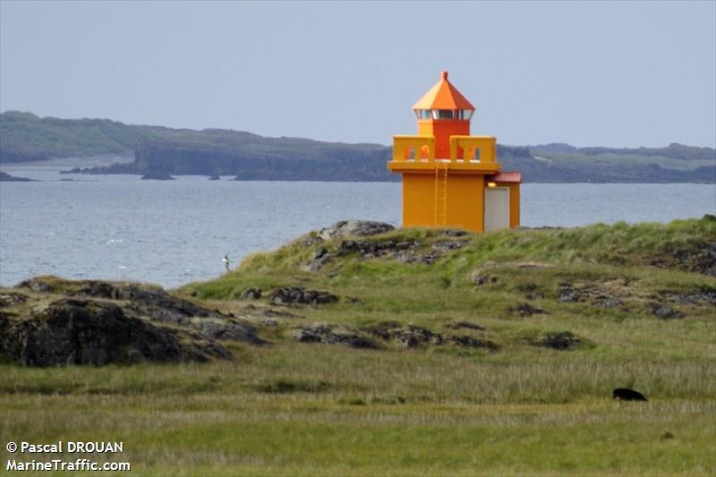 Karlstaðatangi