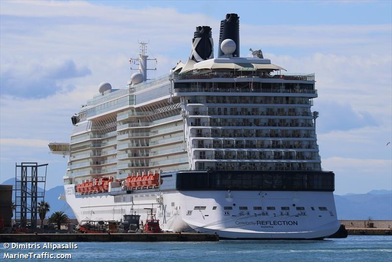 Photos of: CELEBRITY REFLECTION
