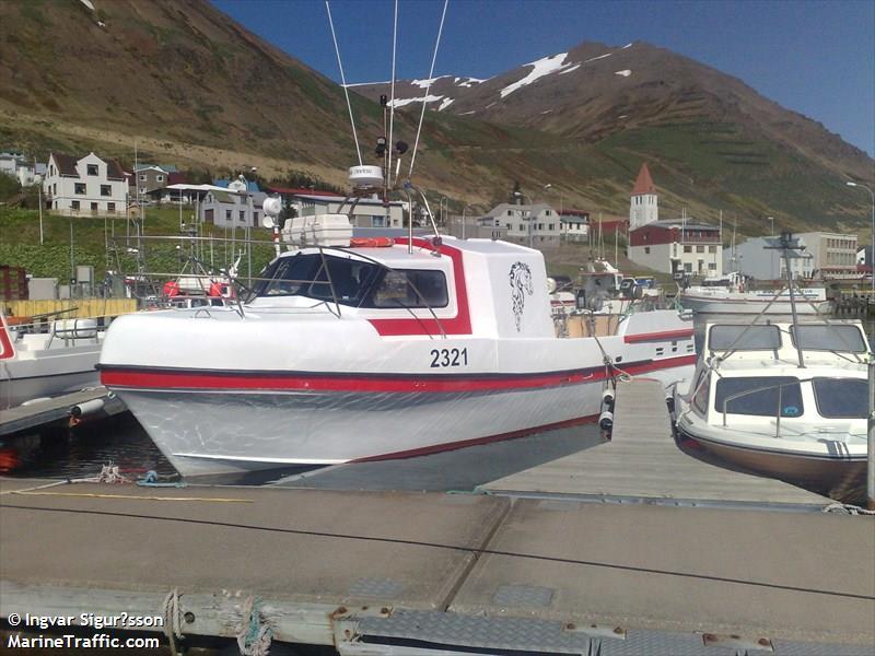 Photos of: MILLA GK-121