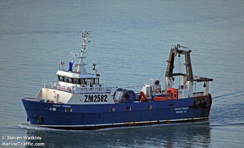 Photos of: F.V. OCEAN PIONEER