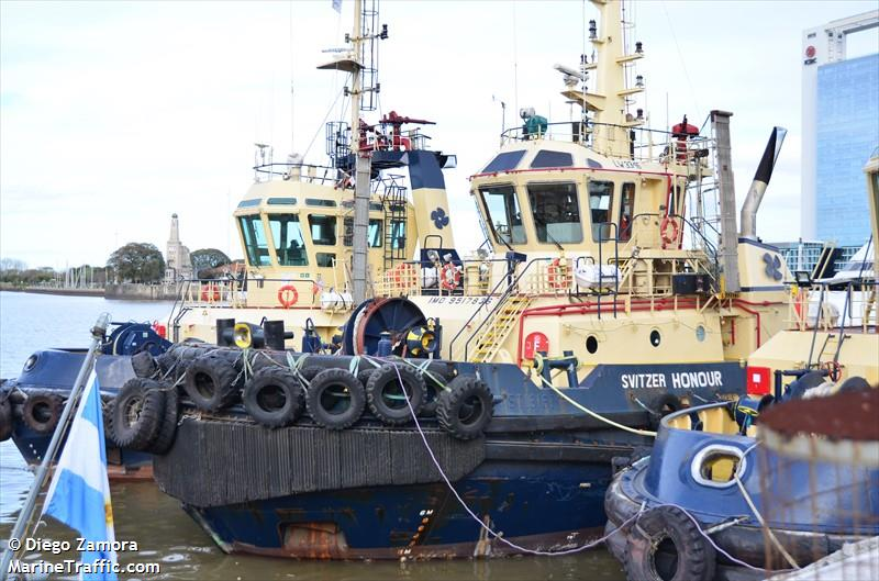 Photos of: SVITZER HONOUR